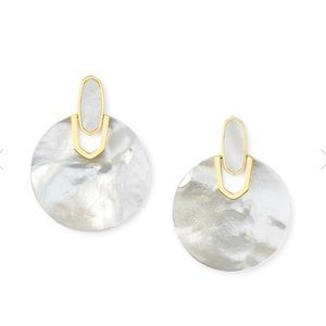 Kendra Scott didi earrings